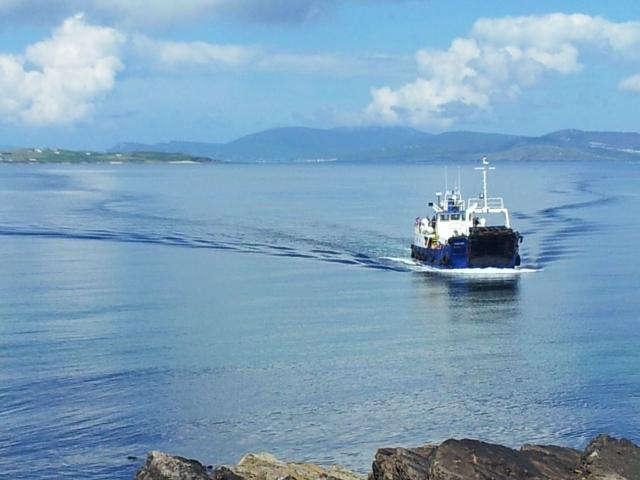 Ferry 640x480